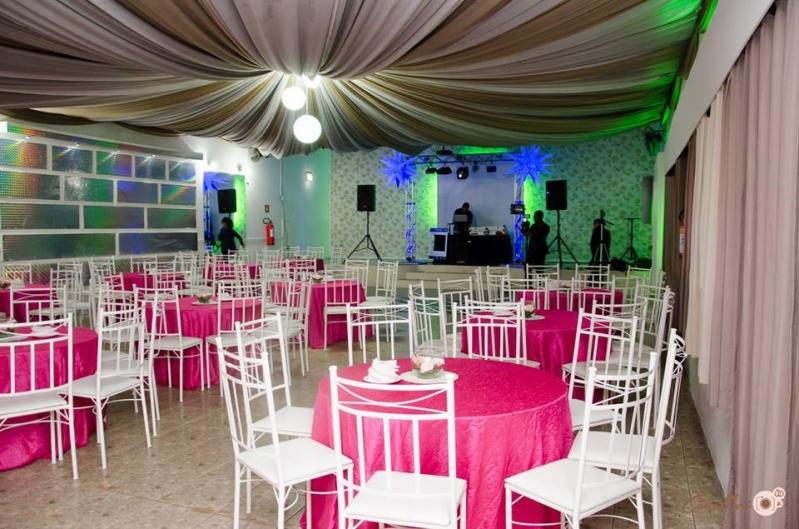 Buffet para Casamentos com Dj Baeta Neves - Buffet para Casamento com Decoração