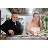 onde encontro buffet para casamento a domicílio Ferrazópolis