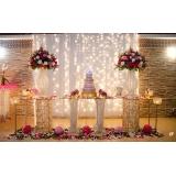 onde encontro buffet para casamento de noite Divineia